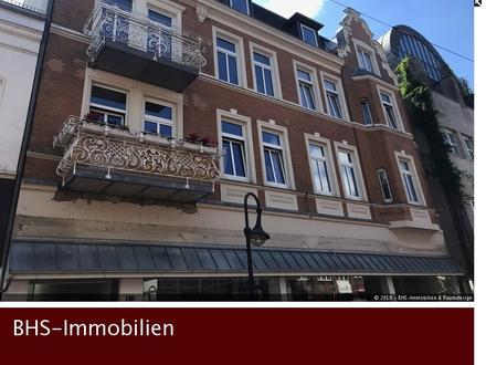 4-Zimmer im Altbau mit Balkon, Flair und Ausblick in schleswigs Fußgängerzone