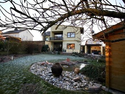 Endlich drei große Kinderzimmer - Großzügiges Einfamilienhaus mit tollem Garten