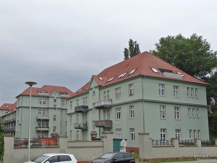 "Neuwertige Dachgeschosswohnung (WE16) im Wohnpark ""Encke-Carre"""