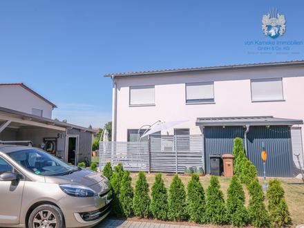 Familienfreundliche DHH mit EBK, FBHZ, Carport und Pkw-Stellplatz in ruhiger Wohnlage
