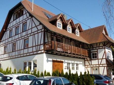Die Besondere – Moderne, helle 4 Zimmer Maisonette-Wohnung über den Dächern von