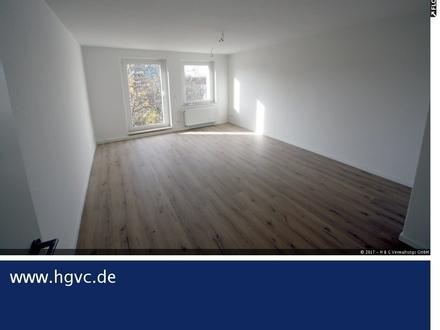 Wohnzimmer mit MEGA SÜD Balko