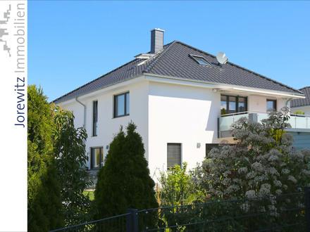 Bi-Heepen: Traumhafte und exklusive 4 Zimmer-Maisonettewohnung mit großem Balkon