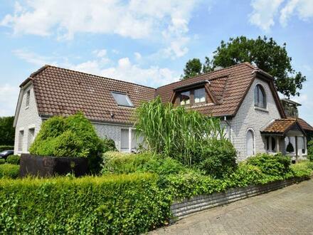 ZWANGSVERSTEIGERUNG! Zweifamilienhaus in Bunde - Boen mit Blick ins Grüne