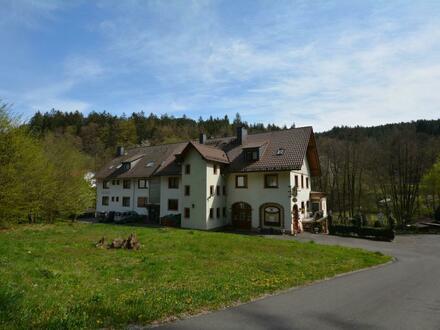 Provisionsfrei: Ideales Anwesen für Mehrgenerationenhaus in Mespelbrunn-Hessenthal