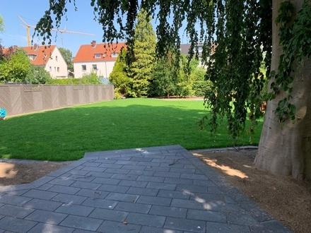 Für Gartenliebhaber! Traumh. EG-Wohnung mit wunderschönem Garten GT-Nä. Miele
