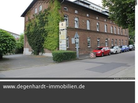 WG geeignete Wohnung in einem historischen Wohn- und Bürohaus in Groß-Umstadt!