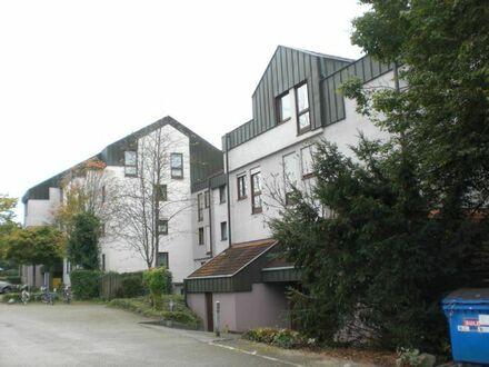 2,5-Zimmer-Wohnung mit Einbauküche und Stellplatz zu vermieten
