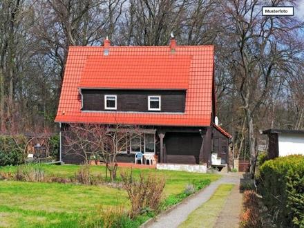Teilungsversteigerung Einfamilienhaus in 38110 Braunschweig, Hackelkamp
