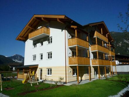 ZU VERGEBEN: Geförderte 4-Zimmer Familienwohnung mit Balkon und Carport