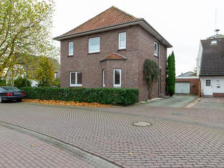 Renovierte 2-Zimmer-Wohnung mit Garage in Großenmeer - Ovelgönne