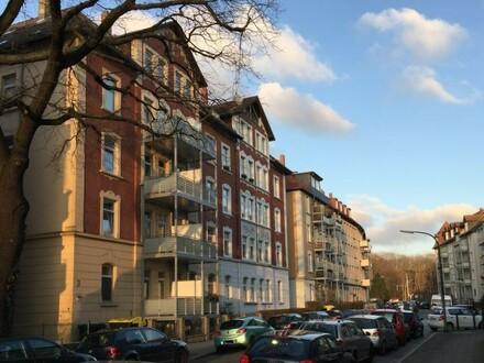 Wohnen am Park - Traumhafte 3 Zimmer-Whg. mit Dachterrasse im östl. Ringg.