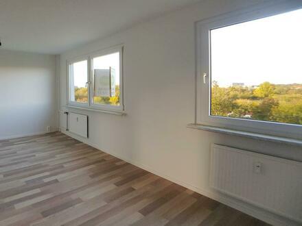 500 EUR Neumietergutschein* Frisch renovierte 4 Zimmer Wohnung bietet Platz für die ganze Familie!