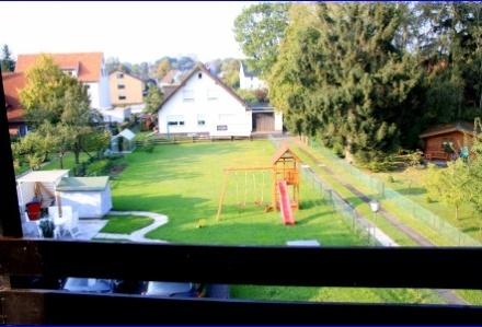 Großzügige 3 Zimmerwohnung im 1. OG mit großem Balkon und Blick ins Grüne in Bad Oeynhausen Werste,