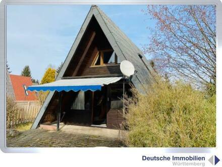 Ferienidyll: Zeltdachhaus mit Stellplatz und Garage in Bartholomä