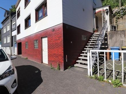 Einfamilienhaus (DHH) mit guter Raumaufteilung!