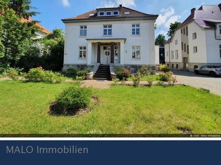 Mehrfamilienhaus in Wolfenbüttel - Vier Wohnungen und Gewerbeeinheit