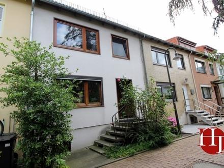 Gut vermietet ... Zweifamilienhaus in Utbremen!