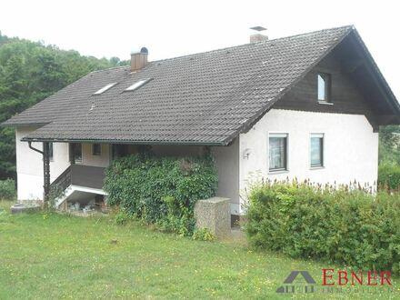 Großes Einfamilienhaus mit traumhafter Aussicht in Deggendorf