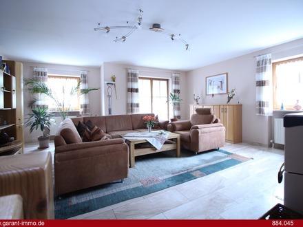 *Schönes Reihenendhaus in ruhiger, zentraler Wohnlage/Platzprobleme haben Sie hier garantiert nicht*