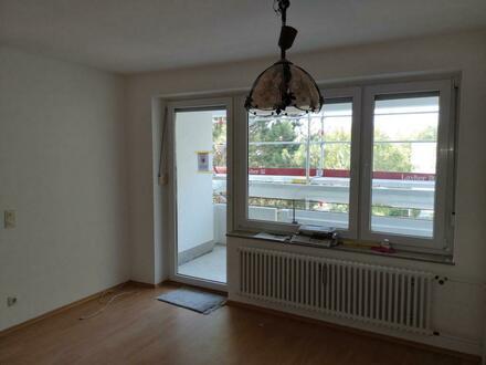 Sonnige große und renovierte 3,5-Zimmer-Eigentumswohnung in beliebter ruhiger Lage in Ulm-Wiblingen