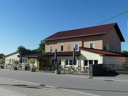 Biete viele Möglichkeiten ! Suche Investor mit Ideen ! Wohn- und Gewerbeobjekt in Osterhofen !