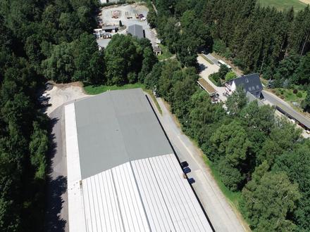 Kalthalle mit Laderampe - A72 in 3 min erreichbar!