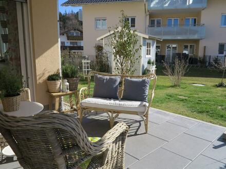 Absoluter Wohntraum! Wunderschöne und neue Erdgeschosswohnung mit Garten!