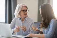 Jobsuche über 50: So klappt es mit einem neuen Job im Alter