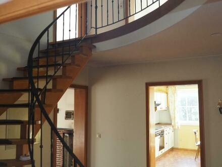 Zuhaus- Maisonettewohnung 4,5 Zimmer