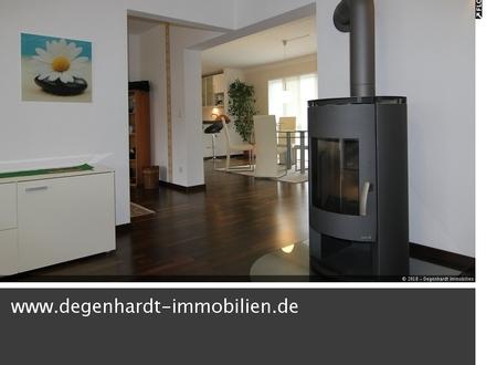 Teilmöblierte 2,5 Zimmer Whg. in toller Lage mit Schlossblick!