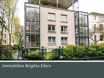 Bestlage Parkallee: Moderne Wohnung mit Wintergarten und Tiefgaragenstellplatz!