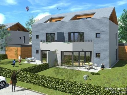 Topmoderne Doppelhaushälfte mit ausgebautem DG