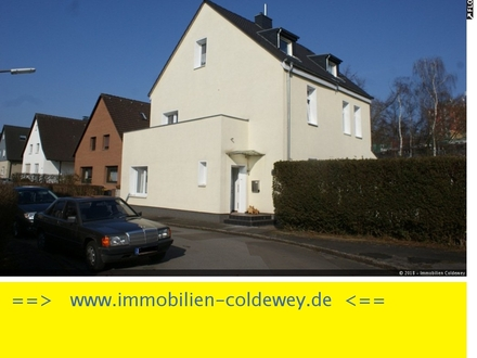 Großzügiges, saniertes Einfamilienhaus mit ELW in Dortmund - OT Neuasseln