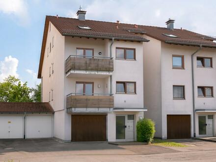 Tolles 1-Zimmer-Appartment mit Blick ins Grüne sowie einer Einzelgarage in Bad Waldsee!