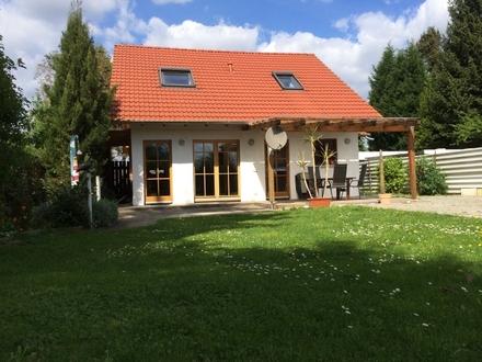 Schönes Wochenendhaus an der Blauen Adria mit großem Gartengrundstück