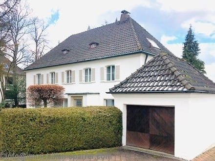 Nichts Gewöhnliches, sondern etwas Außergewöhnliches! Großzügiges Einfamilienhaus im Villenstil in hervorragender Panoramalage
