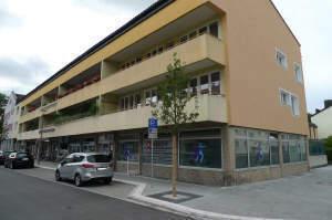 Gewerberaum in Traunreut-Zentrum - ideal als Laden, Praxis oder Büro