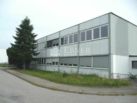 Bürogebäude zwischen Deggendorf und Plattling - Industriepark Nord