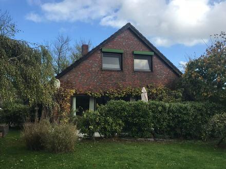 Einfamilienhaus mit Garage in angenehmer Wohnlage von Sande