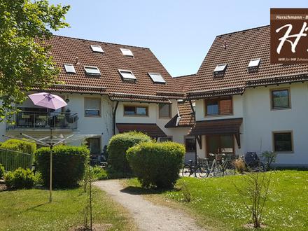 Sonnig, gemütlich, ruhig - wunderschöne 2-Zimmer-ETW mit TG-Box in super Lage in Oberbeuren