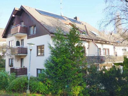 Individuell Wohnen - einmalige Raumaufteilung attraktive 4 Zimmer Dachgeschosswohnung