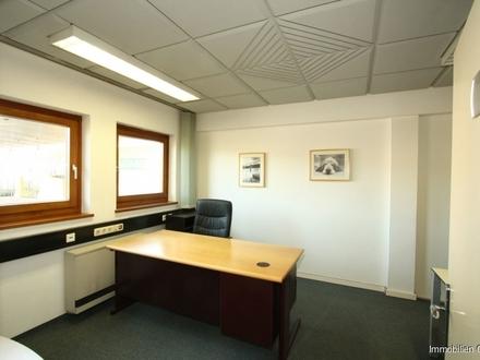 Helle Büroeinheit in Bergheim