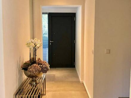 ARNOLD-IMMOBILIEN: Moderne Doppelhaushälfte mit Ausblick Nh. Aschaffenburg