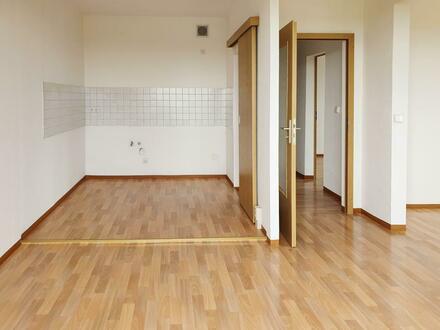 Viel Platz - große 3 Raum Wohnung