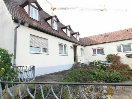 Wohn- und Geschäftshaus in Burgbernheim mit grossem Garten in guter Lage