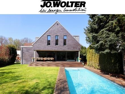 Exklusives Einfamilienhaus mit Pool am Bürgerpark