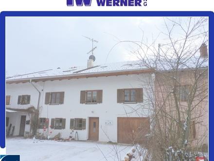 ***Ländliche, gemütliche 1-Zimmer-Wohnung mit Carport-Stellplatz in Raubling/ Spöck***