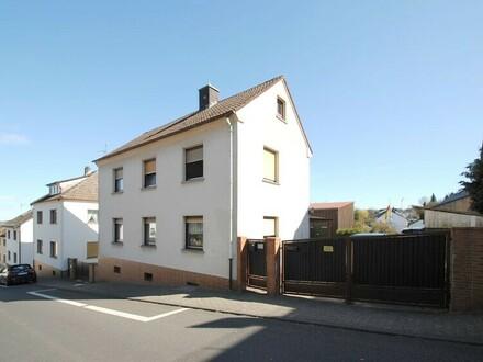 Erfüllen Sie Ihre Bedürfnisse!! Neues Zuhause mit weiterer Bebauungsmöglichkeit in Bremthal