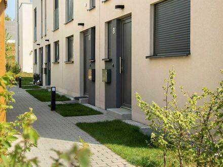 MODERNES PASSIVHAUS: Zuhause für Groß & Klein im neuen Aranda Quartier
